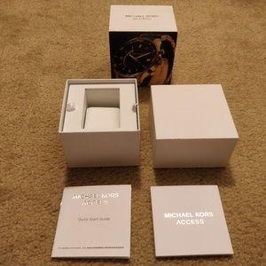 Michael Kors Access watch box